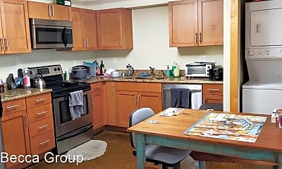Kitchen, 1723 Summit Ave, 1
