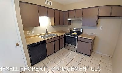 Kitchen, 4630 Country Creek Dr, 2