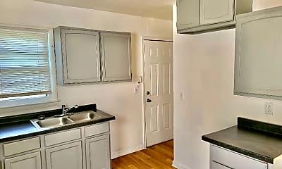 Kitchen, 2007 E 82nd St, 1