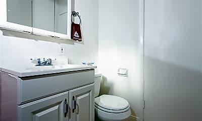 Bathroom, 7 W Pine St, 2
