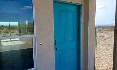 Bathroom, 6944 Woodward Ave, 2