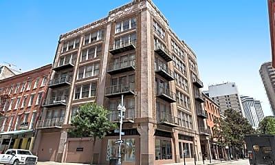 Building, 441 Gravier St, 0