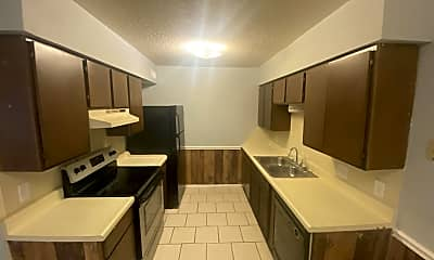 Kitchen, 340 Dogwood, 1