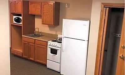 Kitchen, 180 Poppe Dr, 2