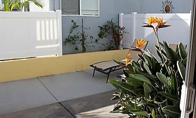 Seaside Apartments, 2