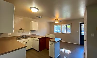 Kitchen, 5375 Root River Dr, 1