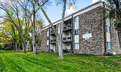 Building, Burnsville Pointe Apartments, 2