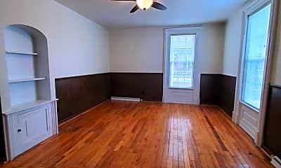 Living Room, 112 S 5th St, 1