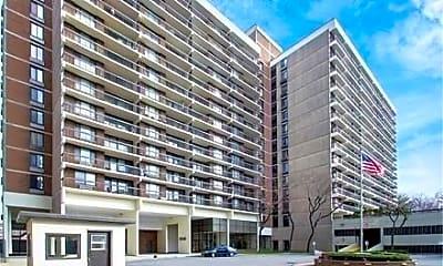 Building, 152-18 Union Tpke 3 R, 0