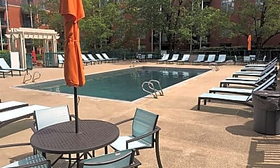 Pool, Townhomes on the Park, 1