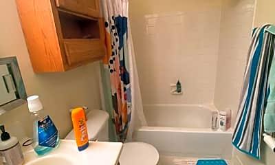 Bathroom, 427 S Hawley Rd, 2