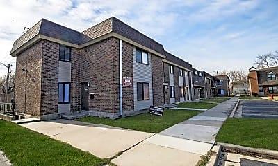 Building, 13256 S Prairie, 0