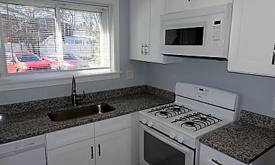 Kitchen, 502 Braeside, 1