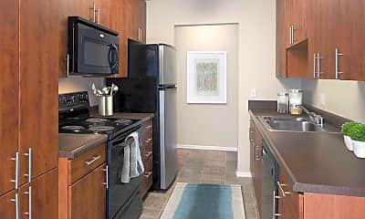 Kitchen, eaves Lake Forest, 1