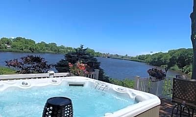 Pool, 637 Beacon Blvd, 1