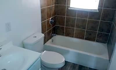 Bathroom, 3341 El Paso Pl, 2