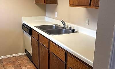 Kitchen, 1509 S West End St, 0