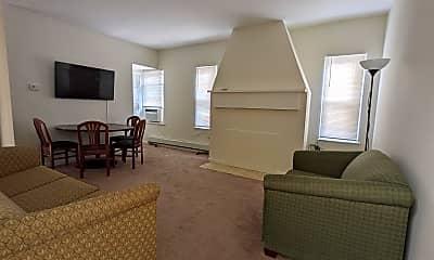 Living Room, 5216 Atlantic Ave, 1