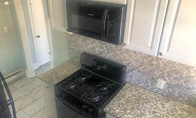 Kitchen, 226 Chain St, 1