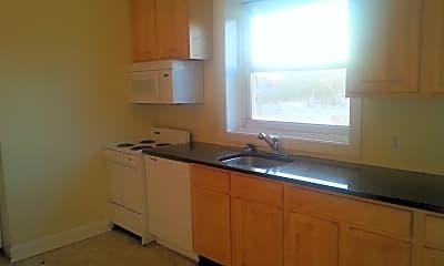 Kitchen, 4500 Chestnut St, 1