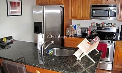 Kitchen, 107 5th St, 2