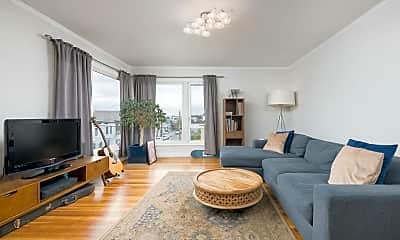 Living Room, 607 Naples St, 0