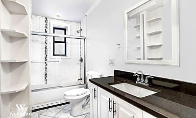 Bathroom, 779 Riverside Dr C-41, 2