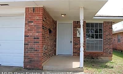 Building, 4030 Parkwoods Ln, 1