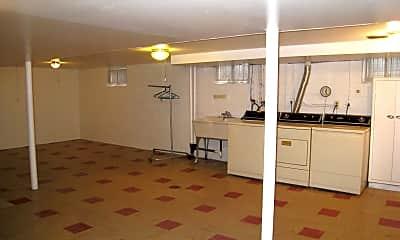 Bedroom, 6245 Moraine Ave, 2