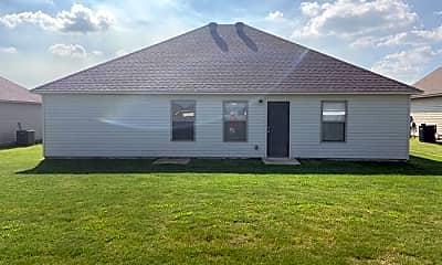 Building, 3820 Remington Dr, 2