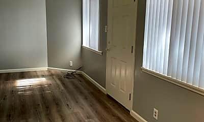 Living Room, 2033 Beatrice Ct, 1