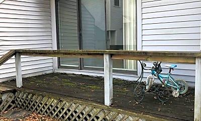 Patio / Deck, 1018 Cumberland St, 2