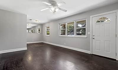 Living Room, 18 30th St, 1