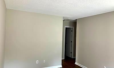 Building, 206 S Plum St, 1