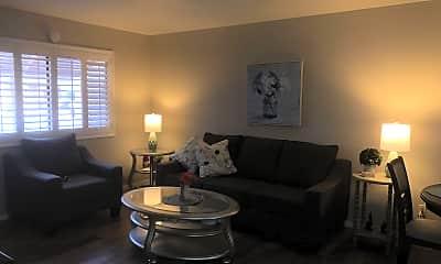 Living Room, 222 E Nebraska Ave, 1