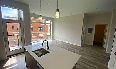 Kitchen, 662 N Sangamon St, 0