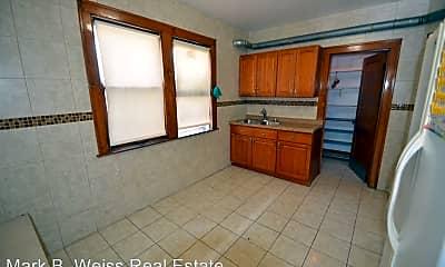 Kitchen, 3354 S Lituanica Ave, 1
