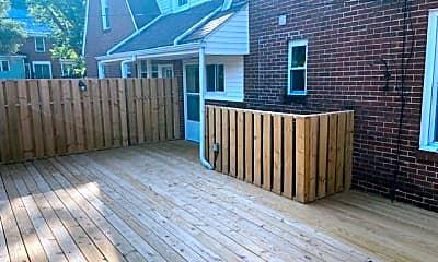 Patio / Deck, 207 Spruce St, 1