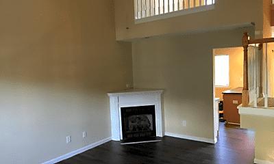 Living Room, 673 Rock Lake Glen, 1