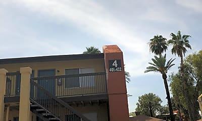 Mission Part Apartments, 2