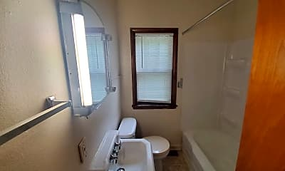 Bathroom, 6302 Jefferson Ave, 2