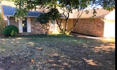 Building, 600 Westview Dr, 0