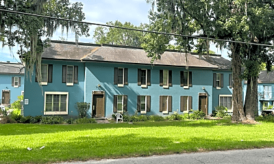 Building, 1735 NE 2nd St, 1