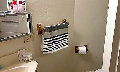 Bathroom, 220 W High St, 1