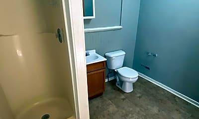 Bathroom, 328 W Dewald St, 2