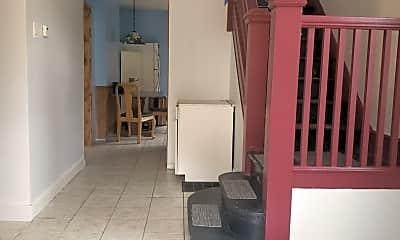 Patio / Deck, 104 Moreland St, 1