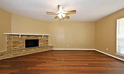 Living Room, 7027 Hedge Dr, 2