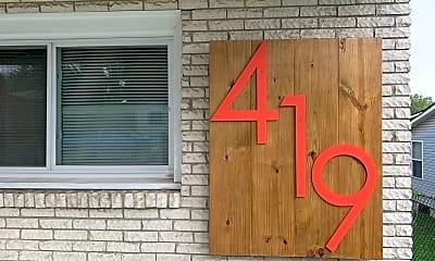 Community Signage, 419 Douglas Ave, 1