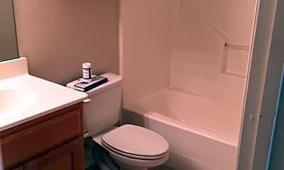 Bathroom, 2212 N Carroll Blvd, 2