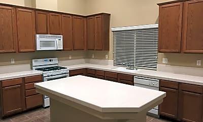 Kitchen, 13126 Ridgeway Meadows Dr, 2